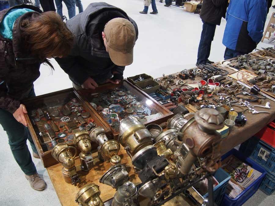 نمایشگاه قطعات و لوازم یدکی اتومبیل OLDTIMER- UND TEILEMARKT - MAGDEBURG 2021 آلمان