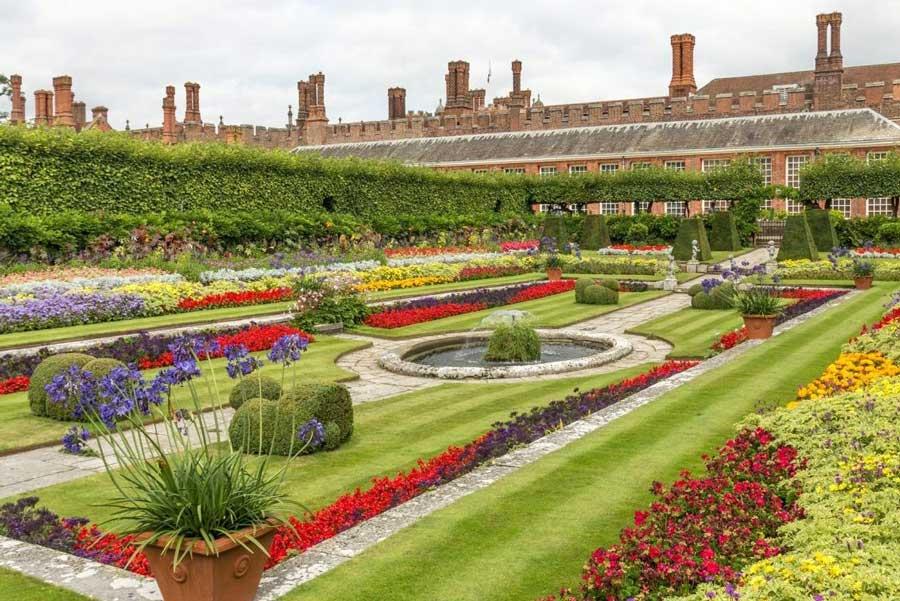 نمایشگاه گل HAMPTON COURT PALACE FLOWER SHOW 2021 انگلیس